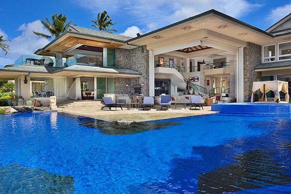 Casa de lujo en una playa de haw i for Island home designs hawaii