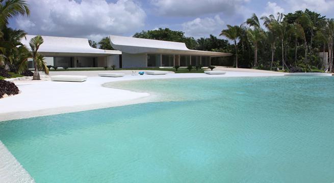 Mansi n con piscina playa de a cero for Piscina estilo playa
