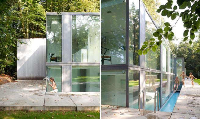 Vivienda transparente con piscina lateral for Alberca cristal londres