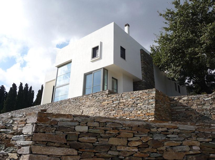 Casas clasicas modernas clsica y moderna fachada de casa moderna de dos plantas con estilizado - Casas clasicas ...