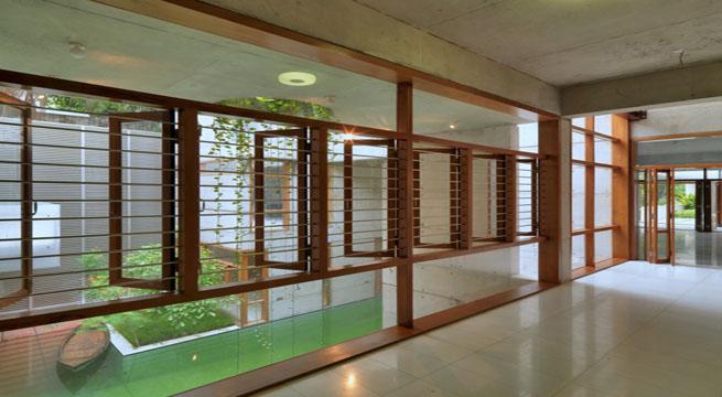 Residencia con piscina interior en bangladesh - Casas con piscina interior ...