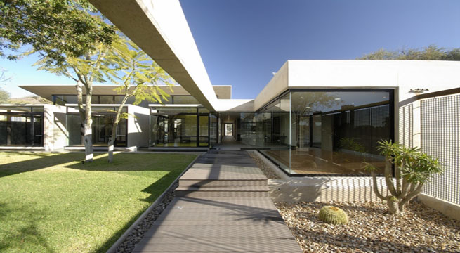 Decoarq arquitectura decorativa for Fachadas modernas para oficinas