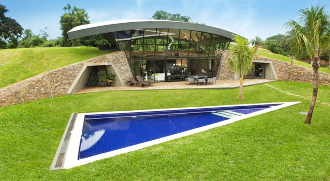Casas Futuristas Con Piscina En Paraguay