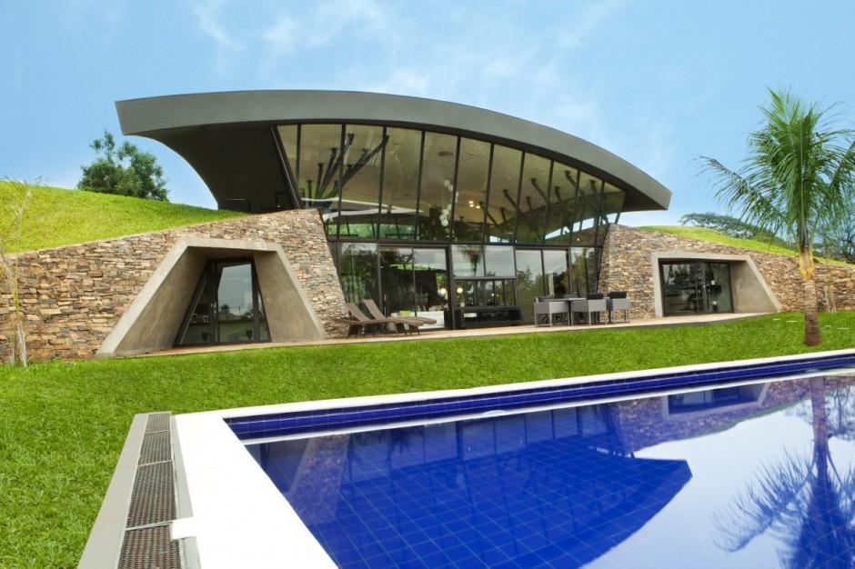Casas futuristas con piscina en paraguay for Casas futuristas