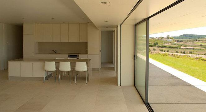 Espectacular casa minimalista con piscina for Casa de lujo minimalista y espectacular con piscina por a cero