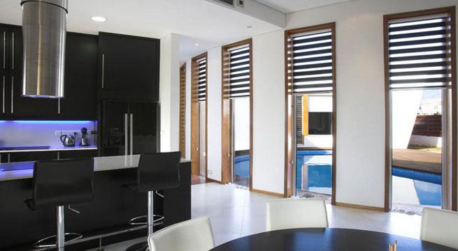 Decoarq arquitectura decorativa for Piscinas largas y estrechas