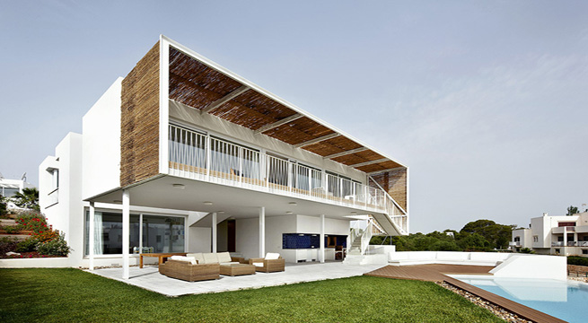 casa Cala D'Or fachada y piscina