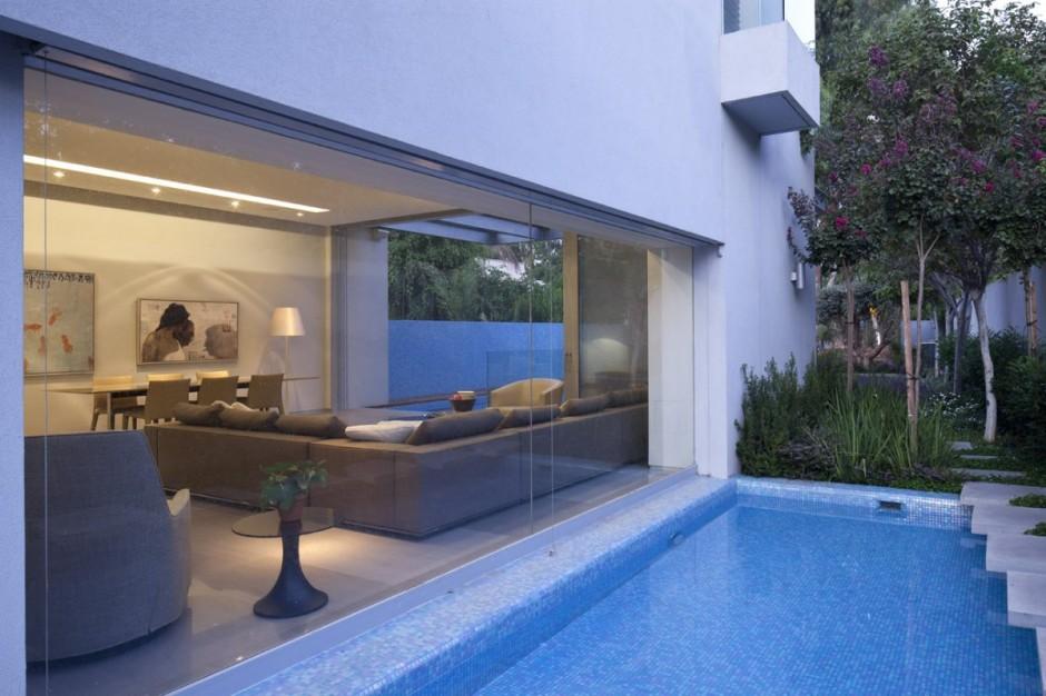 Casa minimalista y elegante en israel for Casa de lujo minimalista y espectacular con piscina por a cero