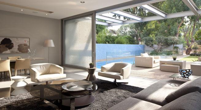 Casa minimalista y elegante en israel for Casa minimalista con piscina