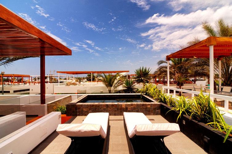 Casa en per con terraza en la azotea for Terrazas azoteas