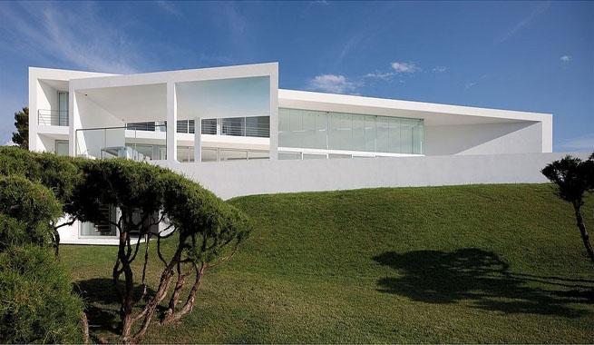 Casa de lujo minimalista en baleares for Casa de lujo minimalista y espectacular con piscina por a cero