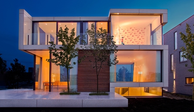 Modern Roof Design For Minimalist House likewise File Plan of Buckingham palace as well Traditional Charleston Style House Plans additionally Ev Planlar C4 B1 914698616065 furthermore Three Story Tokyo House With Panoramic City Views. on narrow house plans