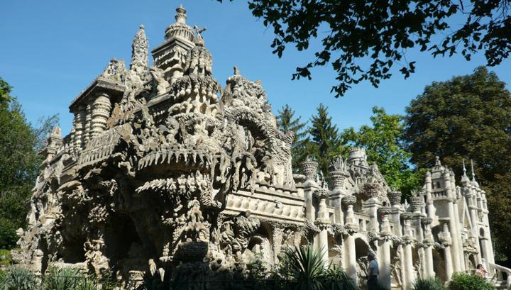 El Palacio Ideal en Francia, una obra de arte marginal