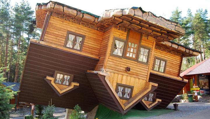 La famosa casa al revés de Polonia