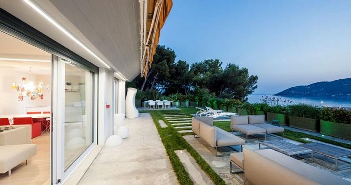 casa con vistas al mar Italia