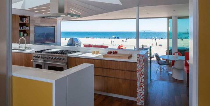 Silver Strand Beach House California1