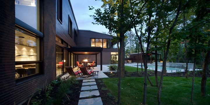 Maison Veranda Montreal1