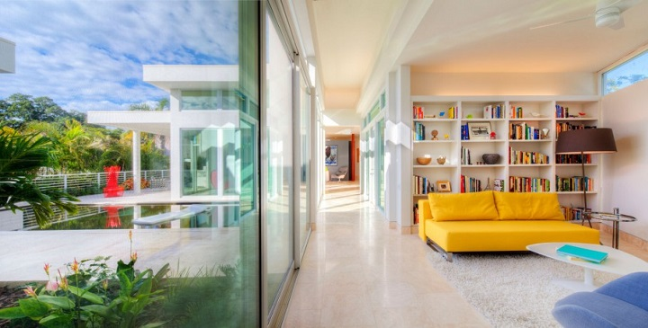 Light Box House Florida1
