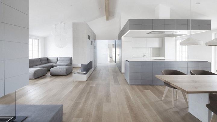 Penthouse V Austria