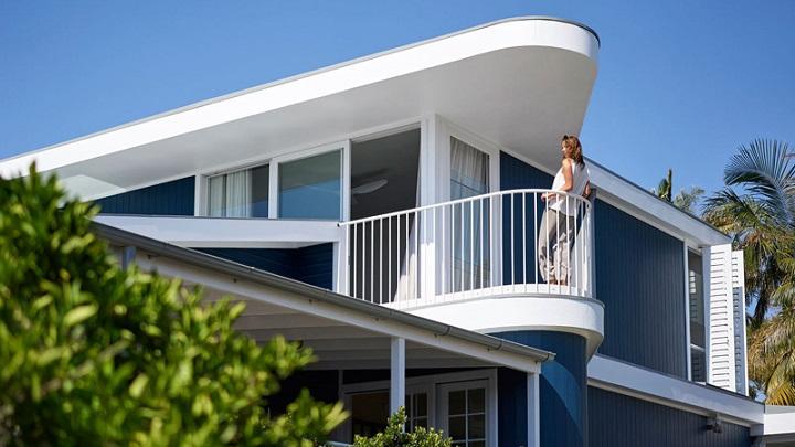 Beach House on Stilts Sidney