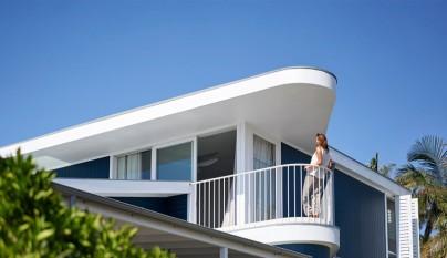 Beach House on Stilts1