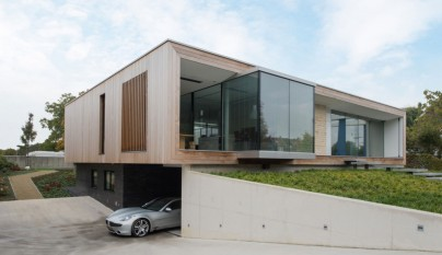 M House3
