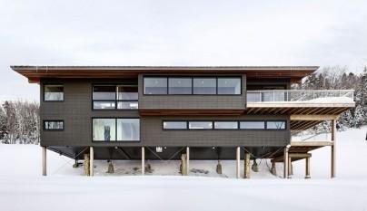 Laurentian Ski Chalet Canada