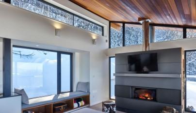 Laurentian Ski Chalet3