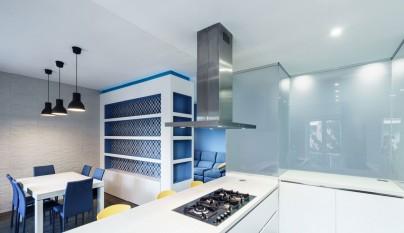 Prismatic Blue Apartment8