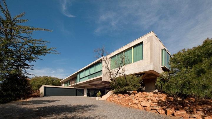 House Gauche Sudafrica