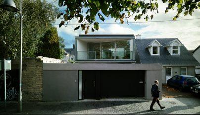 Folding House1